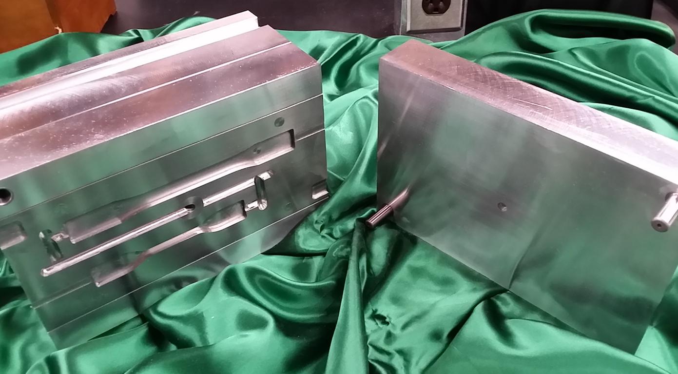 dave decker mold made with bobcad-cam3